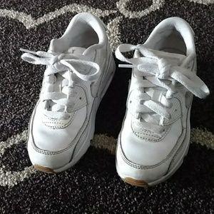 Girls Nike tennis shoes